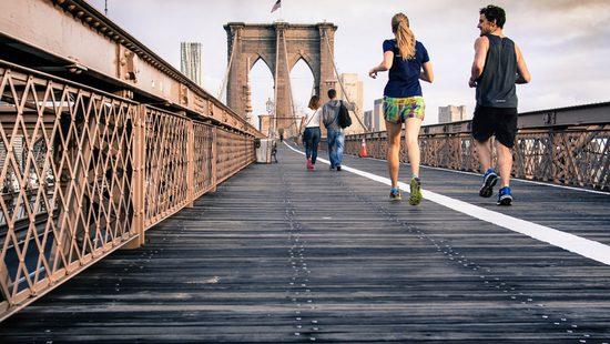 L'esercizio fisico rende più felici del denaro